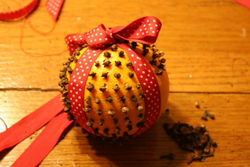 Clove and Orange Christmas Decorations