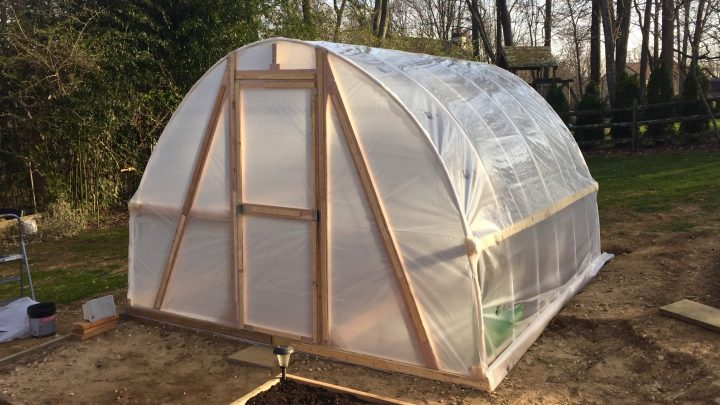 DIY PVC Hoop Greenhouse (Video)