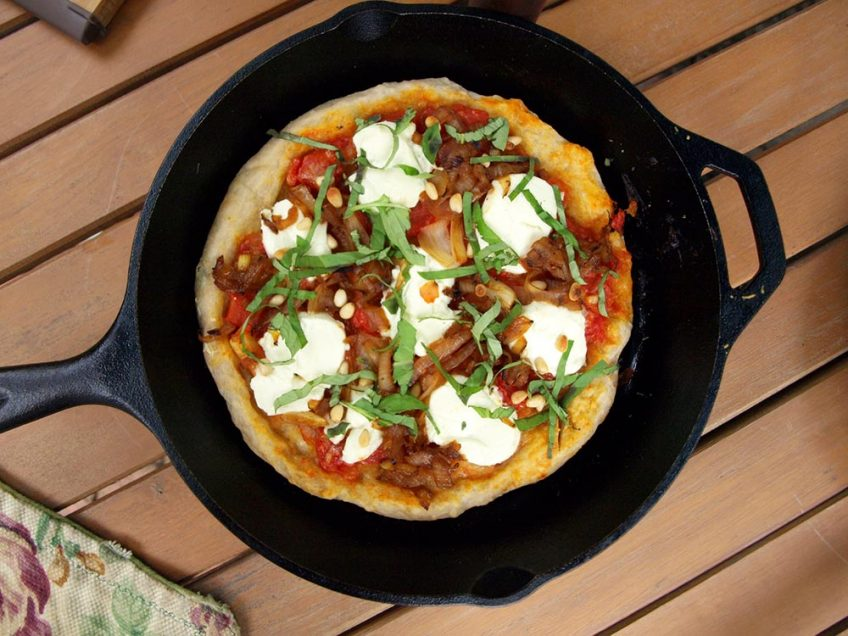 Homestyle Skillet Pizza (Video)