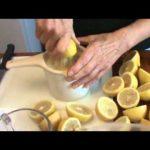 How to Freeze Lemons (Video)
